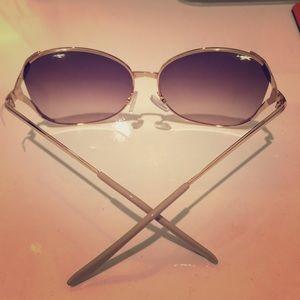 Accessories - Rose gold oversized sunglasses